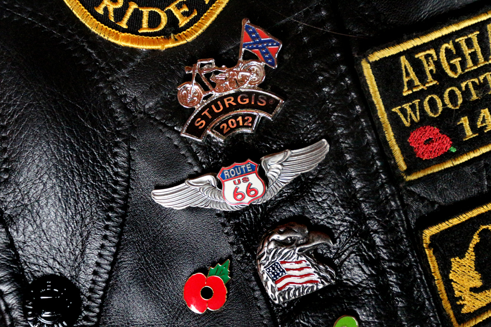 My treasure, pins and patches from Angel & Vilma Delgadillo's Route 66 visitor centre in Seligman and the biker venue Sturgis. Got the pins, patches, t shirts and leather waistcoat.